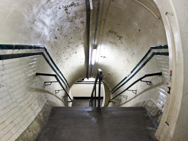 Aldwych Station Tour - Steps