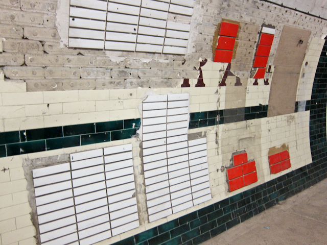 Aldwych Station Tour - Tile trials