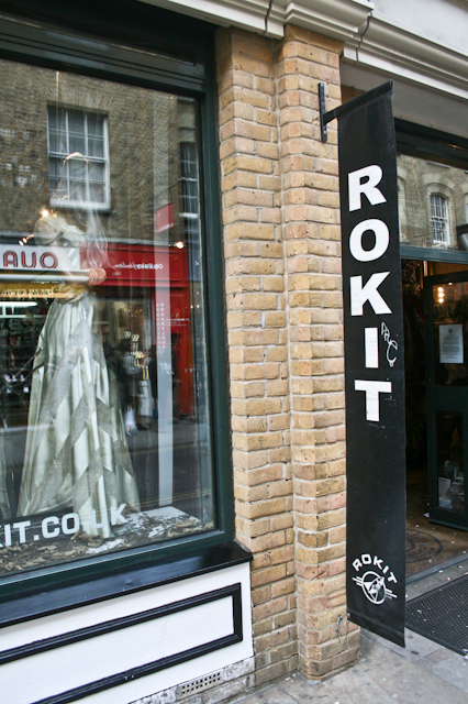 Visiting Brick Lane - Rokit