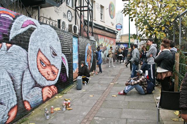 Visiting Brick Lane - Street art