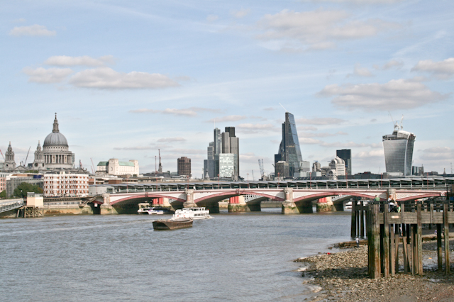Visiting The South Bank - London skyline