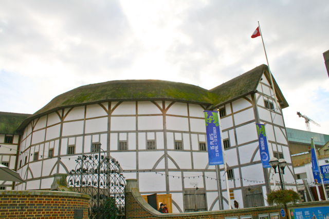 Visiting The South Bank - The Globe Theatre