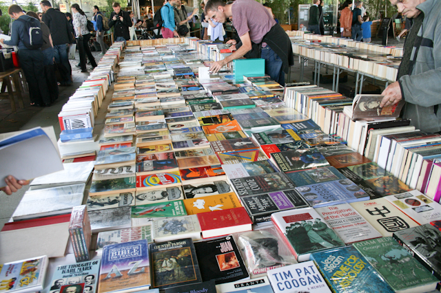 Visiting The South Bank - The second hand book market